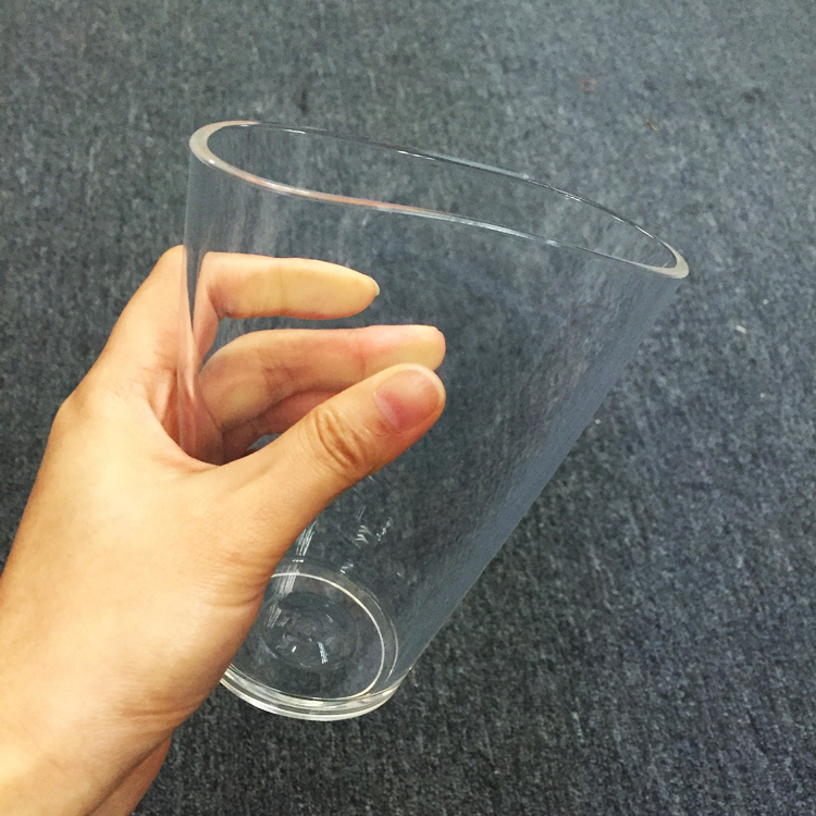 Transparent Pint Glass